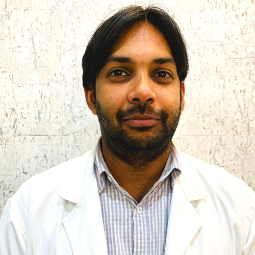 Dr. Naveen Mittal